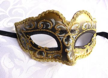 Gold & Black Mini Petite Mask (1)